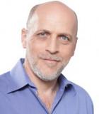 Доктор Беньямин Майлик – пластический хирург, специализирующийся на абдоминопластике