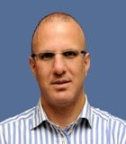 Доктор Нево Маргалит – нейрохирург высшей категории, специалист по лечению опухолей головного мозга и позвоночника